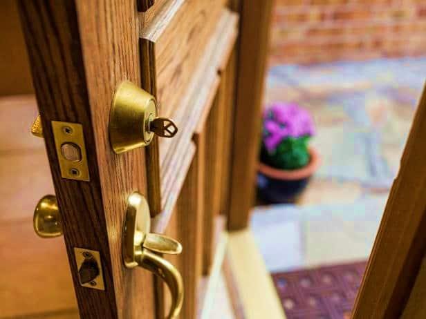 بهترین قفل درب